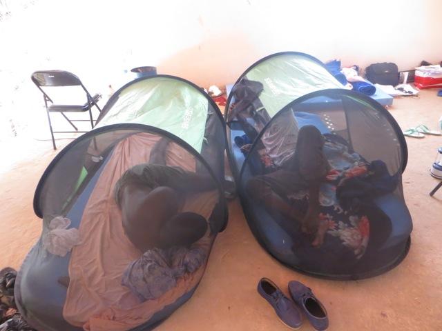 freestanding mosquito net